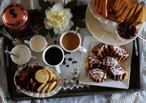 Some important things that you must arrange before the arrival of guests in your house