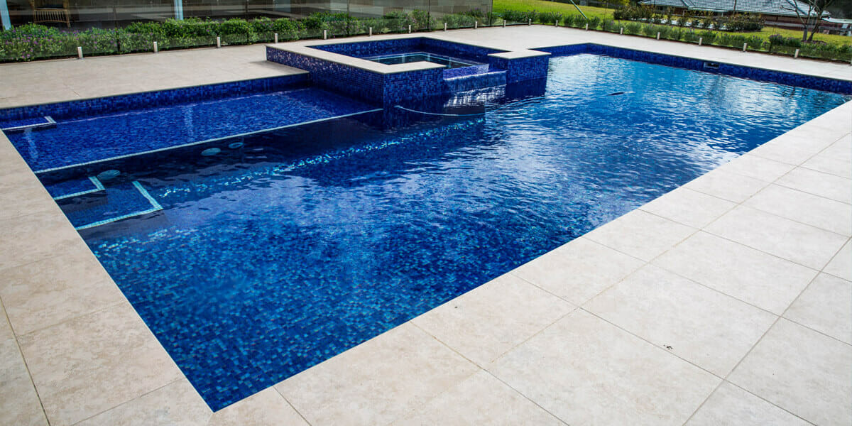 Factors to consider before buying swimming pool tiles