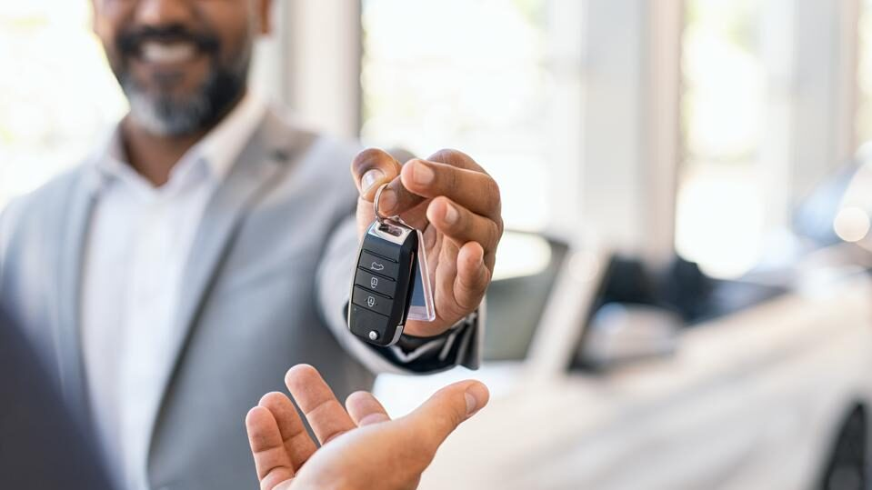 Tips to start a business of car insurance